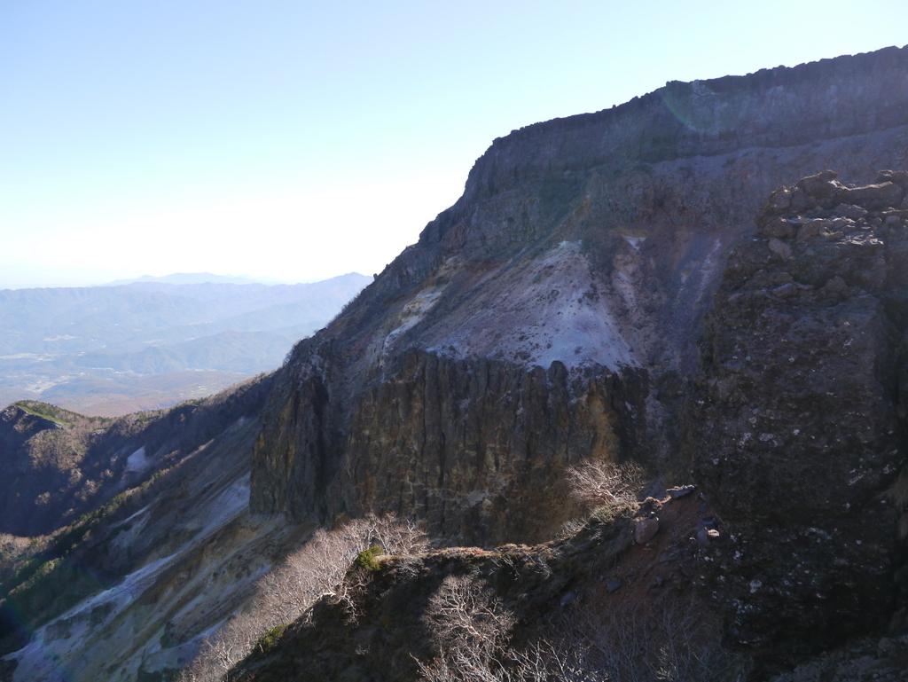 2-2015年10月硫黄岳爆裂火口