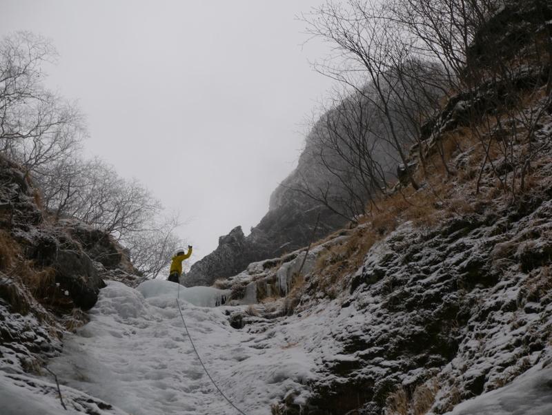 2-2015年12月八ケ岳横岳裏同心アイス-008
